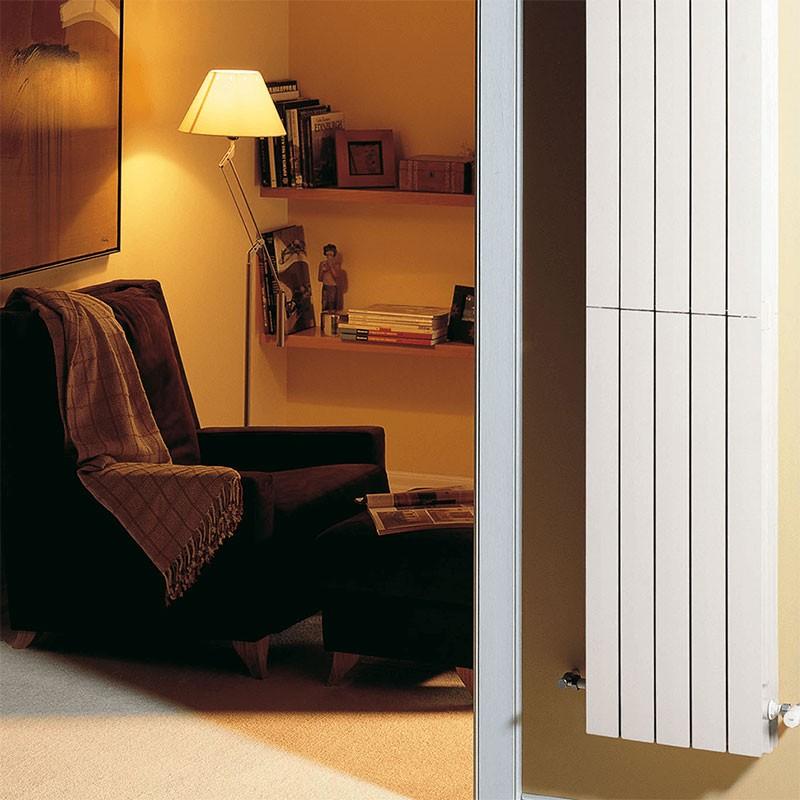Radiador vertical de aluminio BAXI AV 1800 4 elementos.